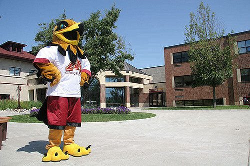 u of minnesota crookston