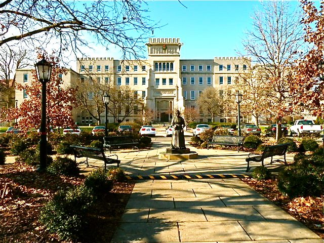 bradley-university