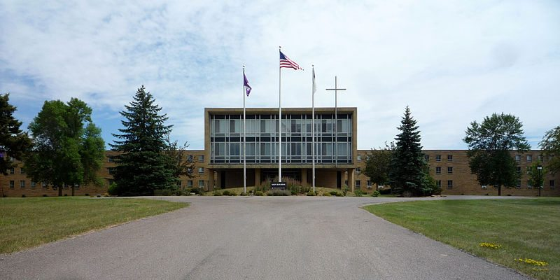 CrownCollege