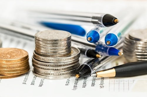 What Is the Difference Between an Accounting Degree and a Finance Degree
