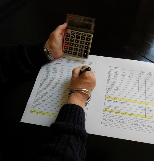 What Is the Benefit of a Master's in Accounting Degree Vs a