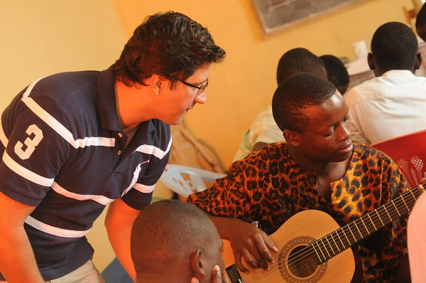 What Is the Difference Between Music Therapy and Music Education?