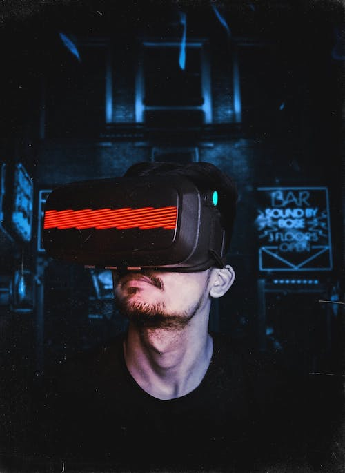 What Kind of Degree Should I Get if I Want to Get Into the Field of Virtual Reality?
