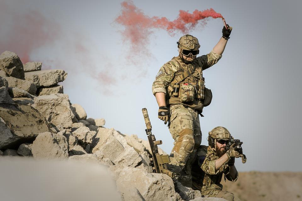military in desert pix