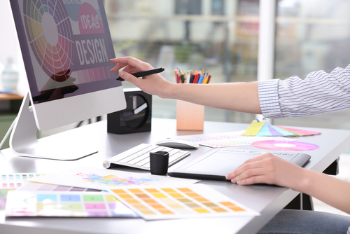 What is the Difference Between Multimedia Design and Graphic Design